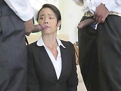 Business Babe Assfucked In Interracial Mmf Nuvid